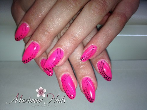 MaximumNails